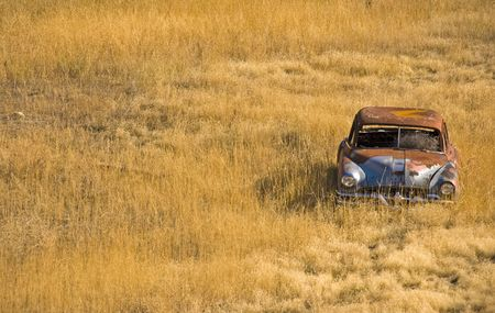 rustiness: Abandoned car in the Rockies