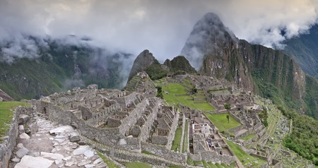 Machu Picchu (Old Mountain) - The Lost City of the Incas in Peru Stock Photo - 7456342