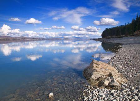 pepples: Lake Pukaki in New Zealand