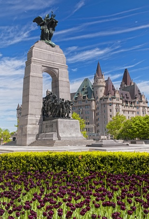 ottawa: The National War Memorial in Ottawa, Canada.