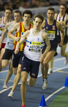 ed: Ed Aston leads heat 3 of the 800m finishing in a time of1:51:92 to qualify for the final at the Aviva Indoor UK Trials and Championships, Sheffield, England, February 12 2012. (c) Steve Kingsman - All Rights Reserved. (info@stevekingsman.com+44-751309537 Editorial