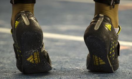 adidas: De Adidas schoeisel gedragen door schot putter Eden Francis tijdens het Aviva Indoor UK Trials en kampioenschappen op de Engels Institute of Sport in Sheffield, Engeland, 11 februari 2012.