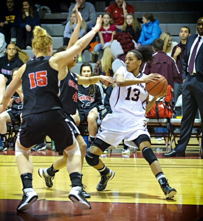 OTTAWA - MARCH 2: Ottawas Tatianan Hanlan (centre) during the OUA East Final against Carleton on March 2 2013 in Ottawa, Canada. Carleton won 50-43 to progress to the CIS Final 8.