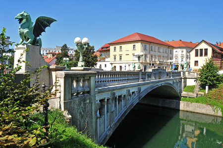 Dragons bridge, Ljubljana, Slovenia 版權商用圖片