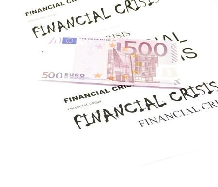 fondos violeta: Los billetes en euros y la crisis financiera Foto de archivo