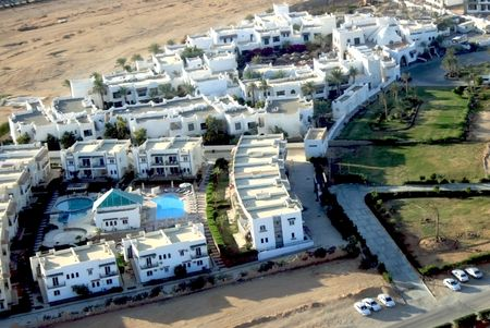 complexes: Complexes hotels Hurghada(view from plane)