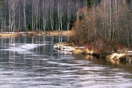 gauja: River Gauja by an early spring in national park Sigulda, Latvia
