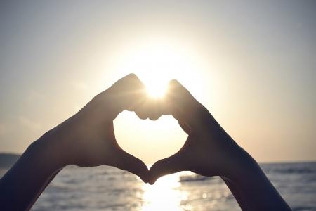 valentine s day beach: Heart Shape