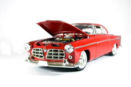 three wheel: red car