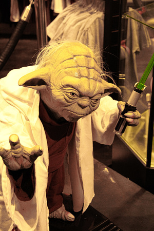 LOS ANGELES, CA/USA-OCT 29, 2010: Photo of Master Yoda figure in Universal Studios Hollywood. Editoriali