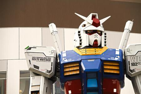 Full size Gundam Performances Outside DiverCity Tokyo Plaza, and Odaiba. 新聞圖片