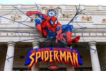 OSAKA, JAPAN-4 mei 2017: Foto van het geweldige avontuur van Spider Man, een van de beroemdste attracties bij Univ ersal Studios JAPAN, Osaka, Japan.