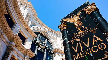 LAS VEGAS, NVUSA-SEP 16, 2018: The Forum shops in Las Vegas.The mall connected to the Caesars Palace hotel and casino an d it simulates ancient Roman streets. Editorial