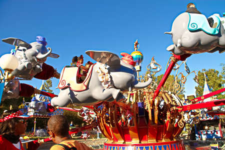 Anaheim, CA/USA - Nov 27, 2018 : Dumbo Flying Elephant Is One of the Original Rides at Disneyland Fantasy, Anaheim, California. This is based on the 1941 animated Walt Disney feature of the same na Editoriali