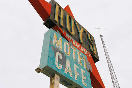 Amboy, U.S.A. - Oct 27 2015: California,the Roy's motel and cafe on the Route 66 Éditoriale