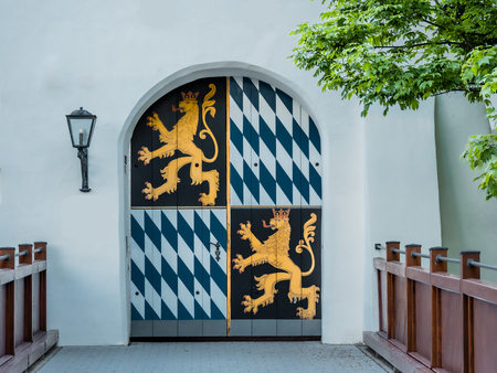 Image of a closed gate with bavarian royal emblem