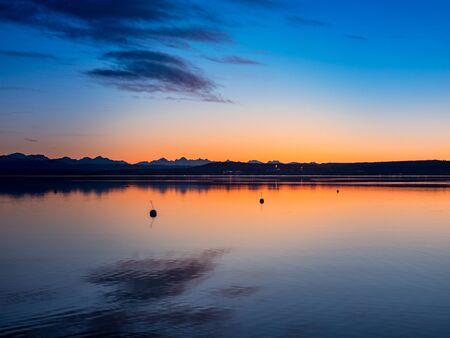 A beautiful sunset at Lake Ammer, Bavaria, Germany. Standard-Bild