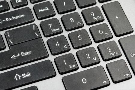 ordinateur bureau: Plan rapproch� de clavier d'ordinateur - noir touches num�riques sur l'ordinateur portable ordinateur portable
