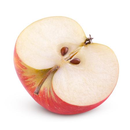 pomme rouge: Gros plan de la pomme rouge moiti� isol� sur fond blanc Banque d'images