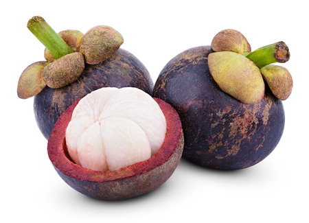 マンゴスチン果物をカット クリッピング パスの分離白
