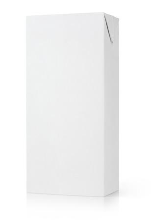 白で隔離される牛乳やジュースのカートン パッケージ 写真素材