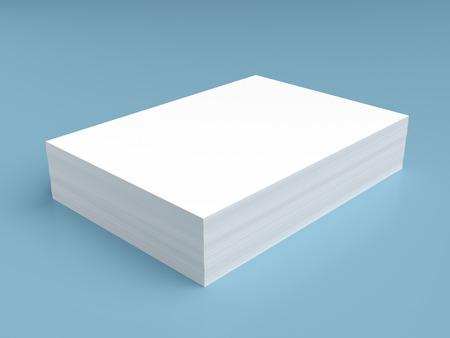 papier a lettre: Pile de papier blanc sur fond bleu Banque d'images