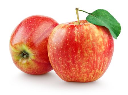 manzana roja: Dos manzanas rojas frescas con hojas aisladas sobre fondo blanco Foto de archivo