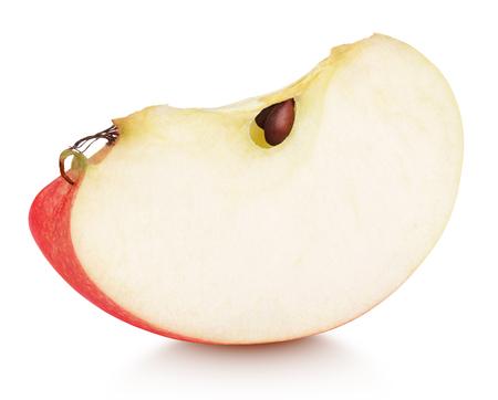 影と白い背景で隔離赤いリンゴ果実のスライス。種子と赤いリンゴくさび 写真素材
