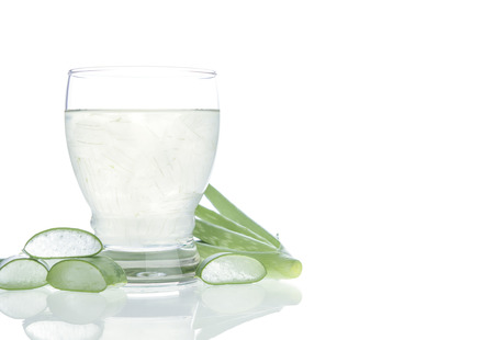 juice glass: Aloe vera water Can help neutralize free radicals Contributes to aging. And help strengthen the immune system as well