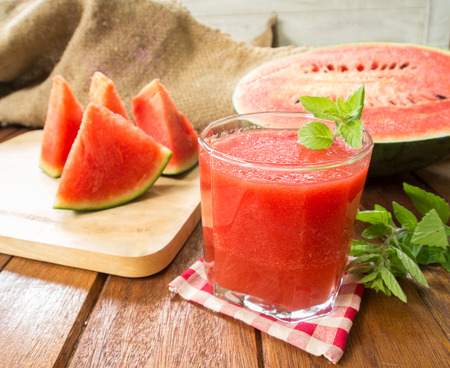 juice fresh vegetables: Watermelon juice ang slice watermelon