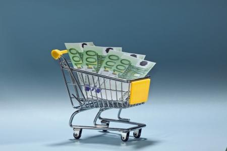 geld: Teurer Einkauf