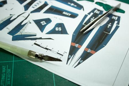 papercraft: airplane papercraft pattern.
