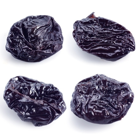 raisins: Dried plums isolated on white  prunes collection