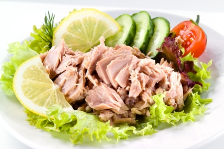tuna with vegetable salad photo