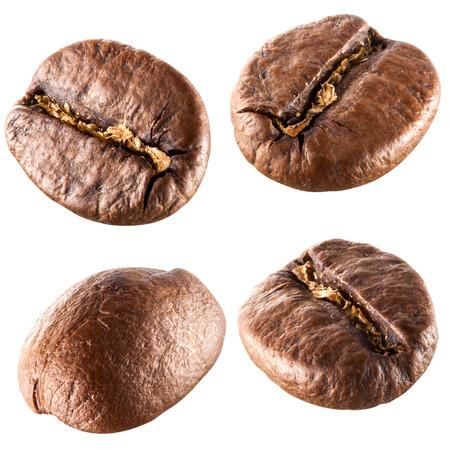 coffe bean: Chicchi di caff? isolati