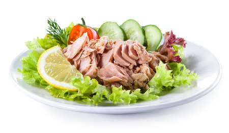 Canned tuna with vegetable salad