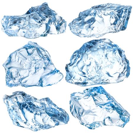 白い背景に分離された氷の部分。クリッピング パスと