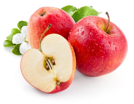 manzana: Manzana roja. Fruta con gotas y hojas. Con trazado de recorte