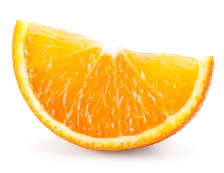naranja fruta: Naranja. Rebanada aislada en blanco