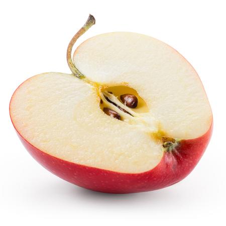 De helft van de rode appel op wit wordt geïsoleerd. Met knippen pad.