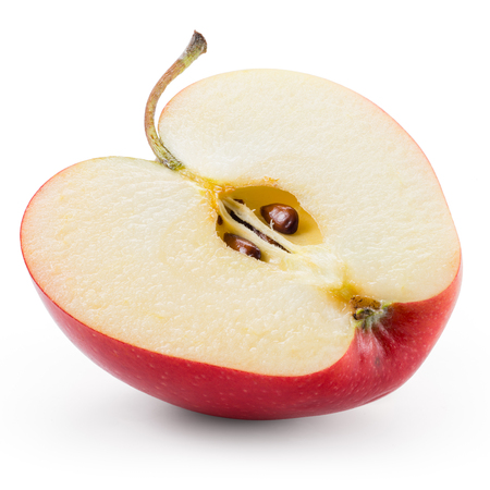 manzana roja: La mitad de la manzana roja aislada en blanco. Con trazado de recorte.