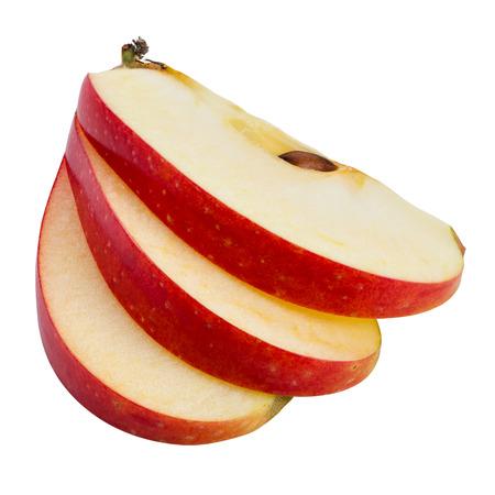 pomme rouge: Tranches d'Apple isolées sur blanc. Avec tracé de découpage Banque d'images