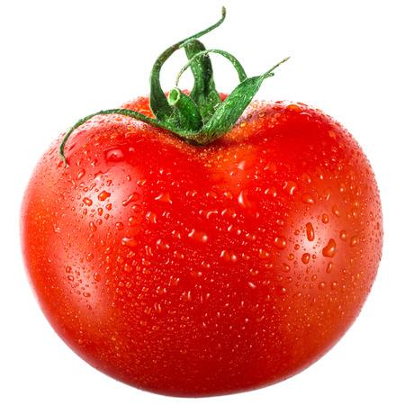 Tomaat met druppels geïsoleerd op witte achtergrond