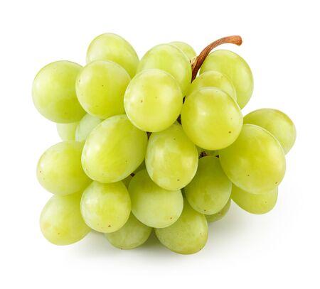 Druif. Druiven geïsoleerd op wit. Groene druif. Met uitknippad. Volledige scherptediepte Stockfoto