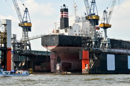 shiprepair: Huge ships in a dry dock