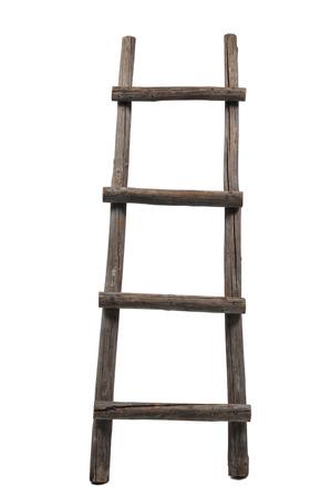 Alte hölzerne Leiter auf dem weißen Hintergrund