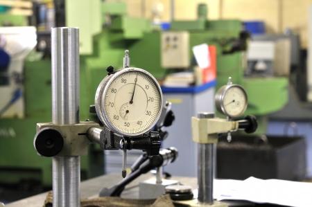 micrometer: Measuring instrument, micrometer