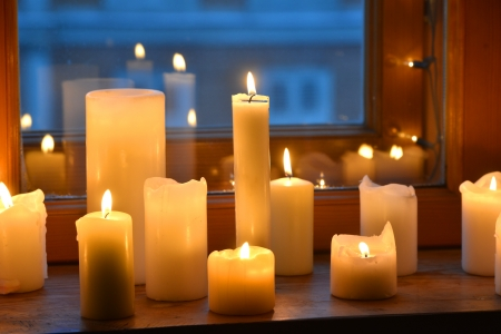 warming therapy: Candles on window sill