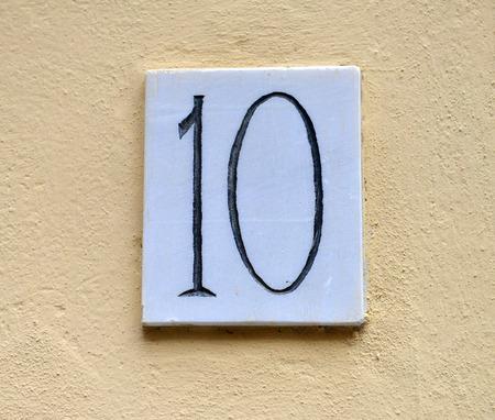number ten: casa de m�rmol n�mero diez