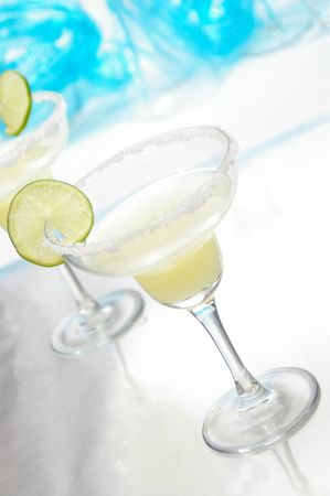 bartend: Traditional margarita in a contemporary setting. Stock Photo